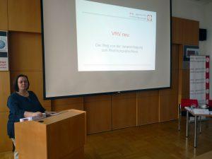 Andrea Kettinger bei der Präsentation